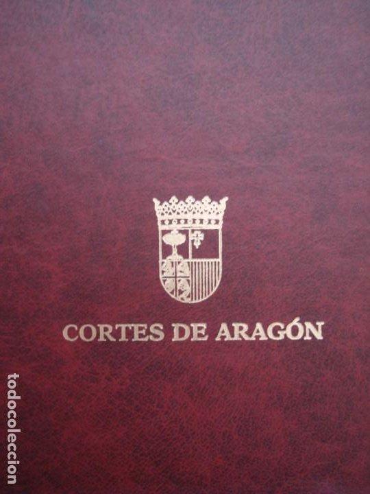Libros: Libro de Privilegios de Fraga y sus Aldeas. I: Ed facsímil. II: Transcripción,estudios.Cortes ARAGÓN - Foto 9 - 215182983