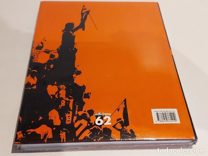 Libros: LA TRANSICIÓ A CATALUNYA / 1975-1984 / 1 - MOR LA DICTADURA, NEIX UNA IL·LUSIÓ / ED.62 / PRECINTADO. - Foto 3 - 229000095