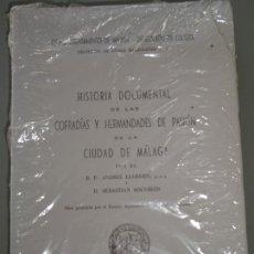 Libros: LIBRO RELIGIOSO. HISTORIA COFRADÍAS Y HERMANDADES DE PASIÓN MÁLAGA 1969 FACSÍMIL 2005. 912P. 1,5KG. Lote 289449453