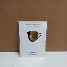Libros: FERNANDO CASTANEDO - CONVIENE DESAYUNAR - MUSEO THYSSEN-BORNEMISZA IDIOMA: CASTELLANO/INGLES. Lote 263325345