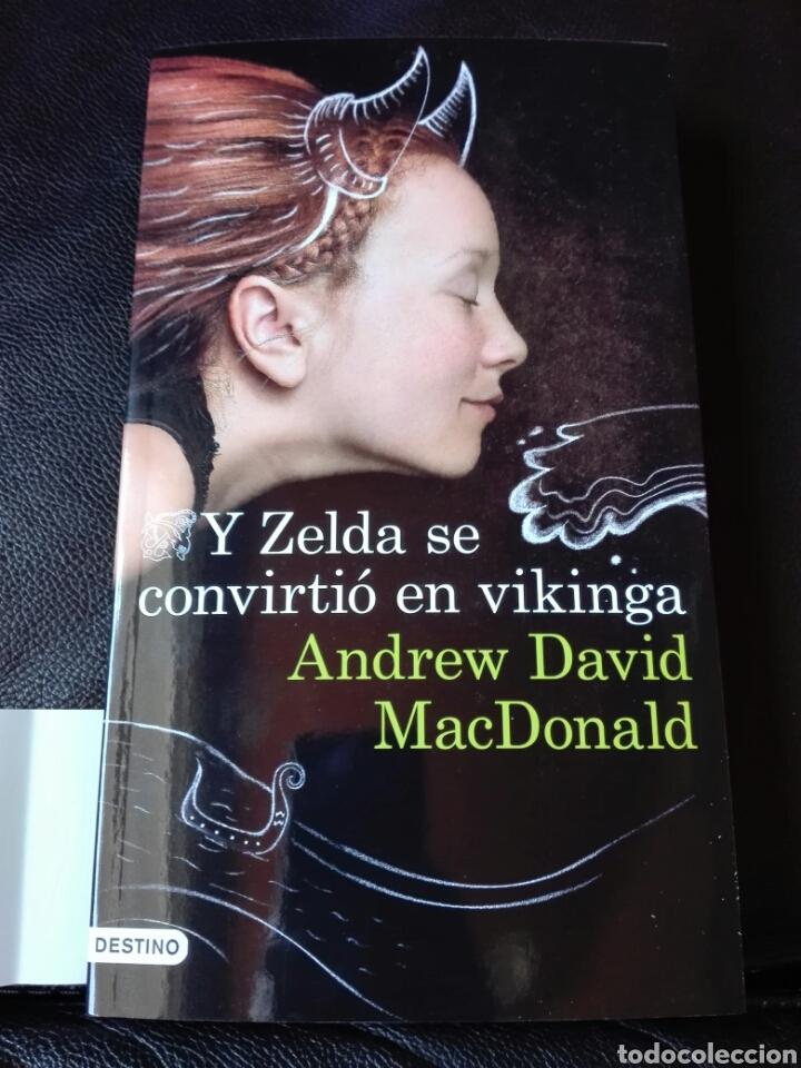 Y ZELDA SE CONVIRTIÓ EN VIKINGA ANDREW DAVID. NUEVO (Libros Nuevos - Literatura - Narrativa - Humor)
