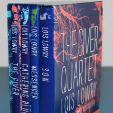 Libros: THE GIVER - QUARTET BOXED SET - LOIS LOWRY - HARDCOVER 2014. Lote 177067787