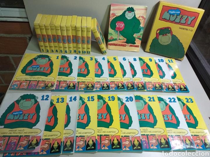 LOTE MUZZY. VHS, CASSETTE Y FASCÍCULOS (Libros Nuevos - Idiomas - Inglés)