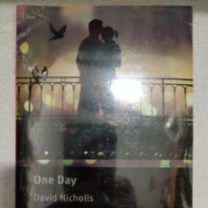 Libros: ONE DAY DAVID NICHOLLS MACMILLAN READERS CON CD. Lote 253562535