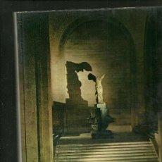Libros: PARIGI LOUVRE TEXTO EN ITALIANO MAXIMILIEN GAUTHIER 1961. Lote 18148814