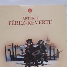 Libros: EL PUENTE DE LOS ASESINOS DE ARTURO PÉREZ REVERTE. Lote 205868240