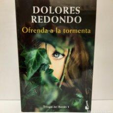 Libros: OFRENDA A LA TORMENTA DE DOLORES REDONDO. Lote 257551325