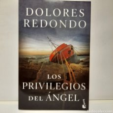 Libros: LOS PRIVILEGIOS DEL ÁNGEL DE DOLORES REDONDO. Lote 257735005