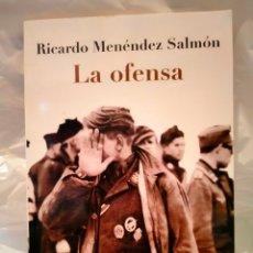Libros: RICARDO MENÉNDEZ SALMÓN .LA OFENSA.BOOKET. Lote 269321348