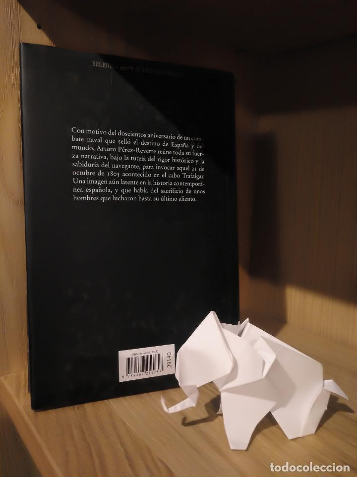 Libros: Cabo Trafalgar - Arturo Pérez Reverte - Círculo de lectores - Foto 2 - 185706722