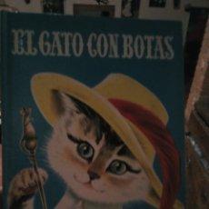 Libros: EL GATO CON BOTAS EDITORIAL CERVANTES BARCELONA 1966. Lote 117244959