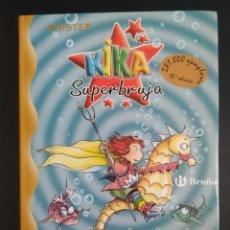 Livres: KIKA SUPERBRUJA Y LA CIUDAD SUMERGIDA. Lote 226682515