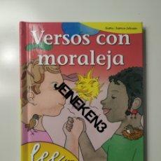 Libros: VERSOS CON MORALEJA - LEE CON GLORIA FUERTES. Lote 236462745