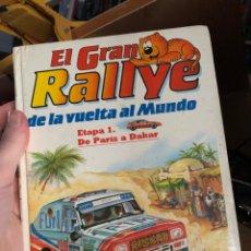 Libros: EL GRAN RALLYE LA VUELTA AL MUNDO ETAPA 1 DE PARIS A DAKAR ISIDORO80S. Lote 254063155