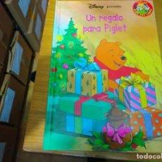 Libros: DISNEY - UN REGALO PARA PIGLET. Lote 276202748