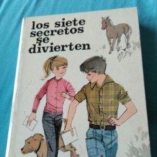 Libros: LIBRO LOS SIETE SECRETOS SE DIVIERTEN. ENID BLYTON. ED JUVENTUD. 2 ED 1970. Lote 99375446
