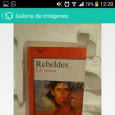 Libros: LIBRO REBELDES. Lote 113966459