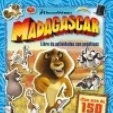 Libros: MADAGASCAR. LIBRO DE ACTIVIDADES CON PEGATINAS. Lote 142841116