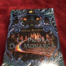 Libros: LA PIEDRA DEL MONARCA POR ARTUR BALDER. 2012. NUEVO DE FABRICA A ESTRENAR. Lote 193641201