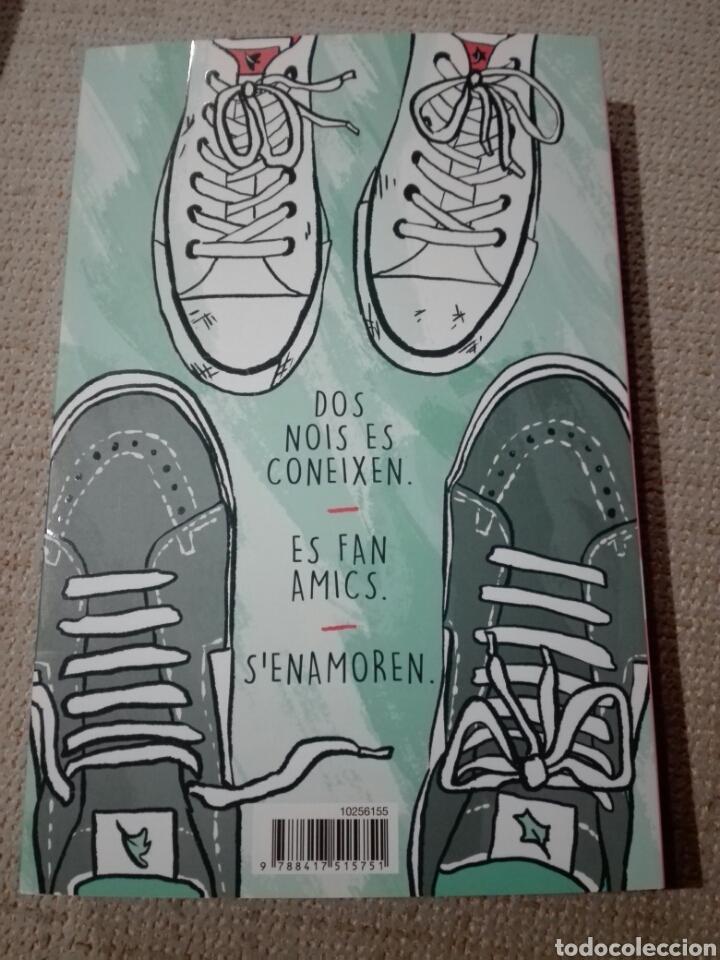 Libros: Heartstopper. Noi coneix noi. Alice oseman. 2020. Cómic en catalán. Nuevo - Foto 2 - 196817992