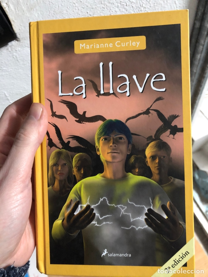 LA LLAVE - SALAMANDRA - MARIANNE CURLEY (Libros Nuevos - Literatura Infantil y Juvenil - Literatura Juvenil)