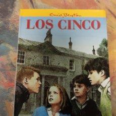 Libros: LOS CINCO SE VEN EN APUROS. Lote 270915643