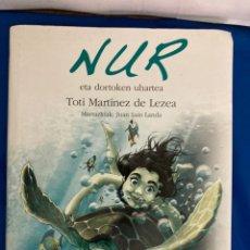 Libros: LIBRO NUR EN EUSKERA COMO NUEVO. Lote 284807988