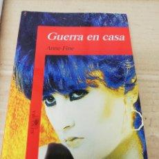 Libros: LIBRO GUERRA EN CASA. ALFAGUARA.. Lote 289422428
