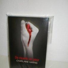 Libros: DE MUERTO EN PEOR (TRUE BLOOD 8) - CHARLAINE HARRIS - EDICIÓN DE BOLSILLO. Lote 56911016