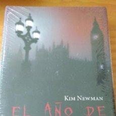 Libros: EL AÑO DE DRÁCULA (KIM NEWMAN) (CÍRCULO) NUEVO Y PRECINTADO - TAPA DURA + SOBRECUBIERTA. Lote 74444795