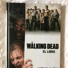 Libros: THE WALKING DEAD: EL LIBRO. Lote 148355364