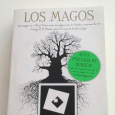 Libros: LOS MAGOS. LEV GROSSMAN. ZETA MAXI. HECHICERÍA,EXTRAÑO.. Lote 274390638