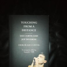 Livros: TOUCHING FROM A DISTANCE, JOY DIVISION. Lote 214723845