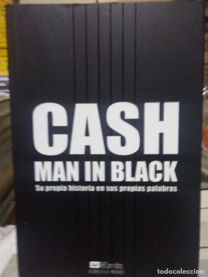 JOHNNY CASH.MAN IN BLACK(SU PROPIA HISTORIA).A.MACHADO EDITOR (Libros Nuevos - Bellas Artes, ocio y coleccionismo - Música)
