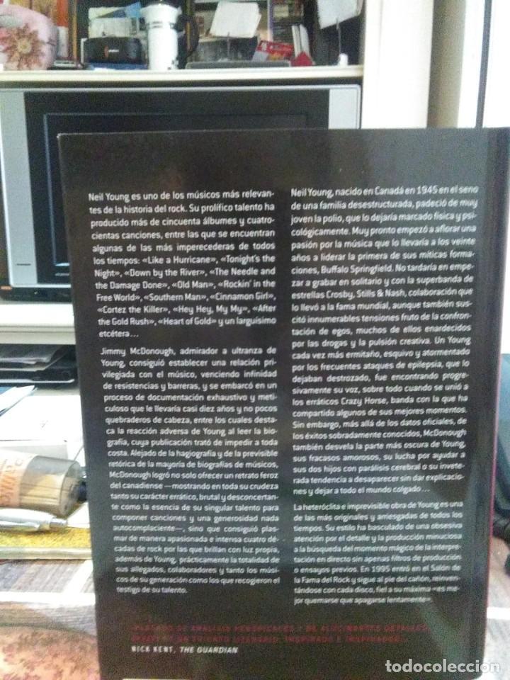 Libros: Jimmy McDonough.Shakey(La biografía de Neil Young).CONTRA - Foto 2 - 218662373