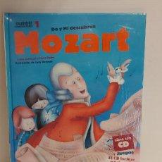 Libros: DO Y MI DESCUBREN MOZART / GRANDES COMPOSITORES 1 / LIBRO CON CD + JUEGOS / PRECINTADO.. Lote 227055570