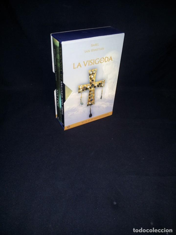 Libros: ISABEL SAN SEBASTIAN - ASTUR Y LA VISIGODA (EDICION ESPECIAL 2 TOMOS) - ESFERA DE LOS LIBROS 2009 - Foto 2 - 195295023