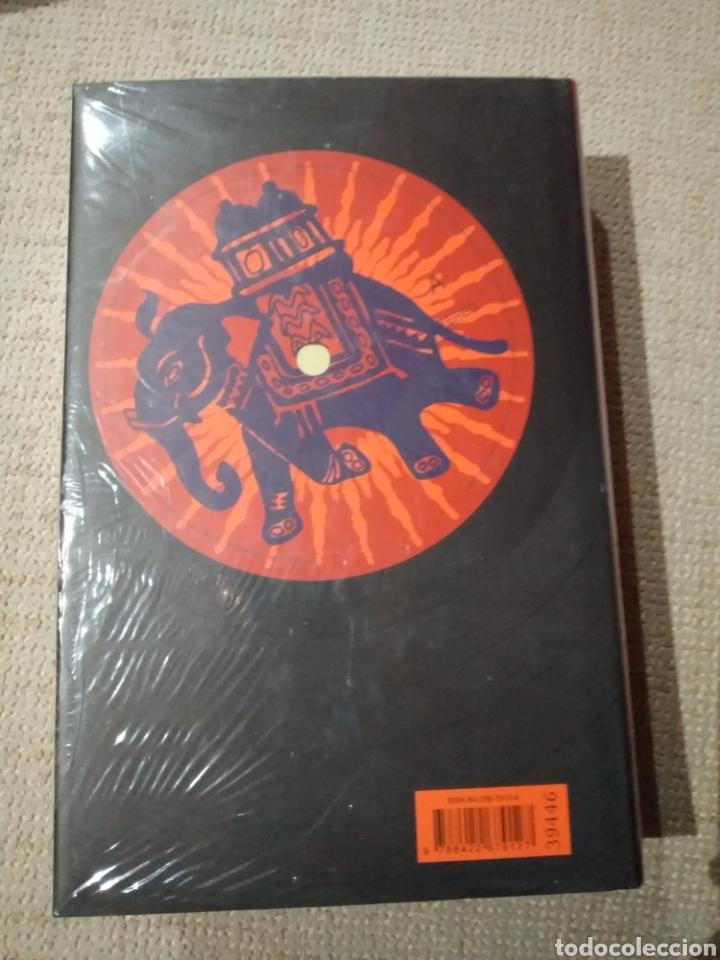 Libros: El suelo bajosus pies. Salman Rushdie. Libro nuevo precintado - Foto 2 - 222291968