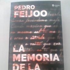 Libros: LA MEMORIA DE LA LLUVIA. PEDRO FEIJOO VERSÁTIL THRILLER 9788416580248. Lote 168790265