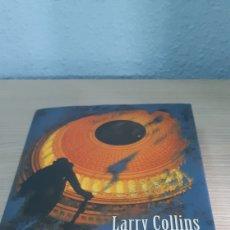Libros: LIBRO LABERINTO DE LARRY COLLINS. Lote 192880442