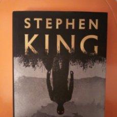 Libros: LIBRO STEPHEN KING EL VISITANTE NOVELA 2018. Lote 198848455