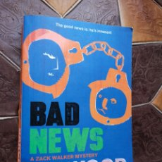 Libros: LINWOOD BARCLAY - BAD NEWS A ZACK WALKER MYSTERY. Lote 201254227
