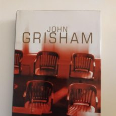 Libros: EL ÚLTIMO JURADO JOHN GRISHAM. Lote 218620832