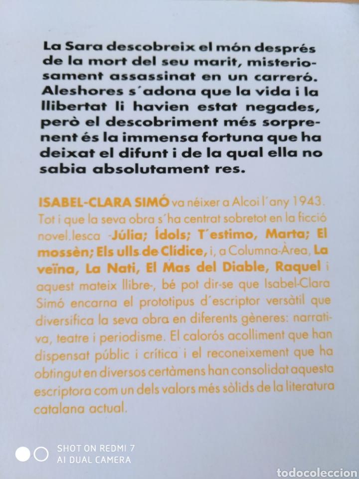 Libros: Una ombra fosca, com un nuvol de tempesta. Catalán. Nuevo - Foto 3 - 226434695