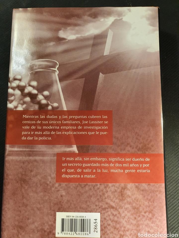 Libros: Código Génesis - Foto 2 - 245024375