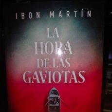 Libros: IBON MARTÍN. LA HORA DE LAS GAVIOTAS.( UN CASO DE LA SUBOFICIAL ANE CESTERO).PLAZA JANES. Lote 249077910