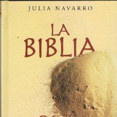 Libros: LA BIBLIA DE BARRO -- JULIA NAVARRO. Lote 251880735