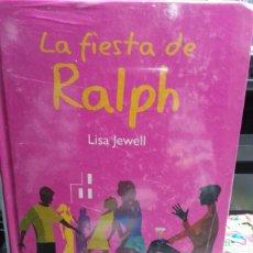 Libros: LA FIESTA DE RALPH. Lote 144110058
