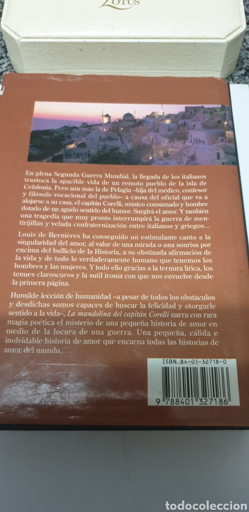 Libros: La mandolina del capitán Corelli. Louis de Bernieres - Foto 2 - 200027656