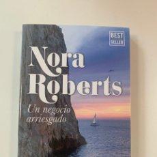 Libros: NORA ROBERTS - UN NEGOCIO ARRIESGADO - LIBRO NUEVO. Lote 218072487